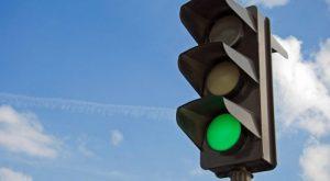 Куда обращаться, если не работает светофор